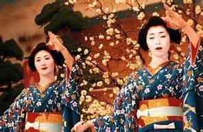 A day in the life of a geisha culture, japanese culture jpg 296x193